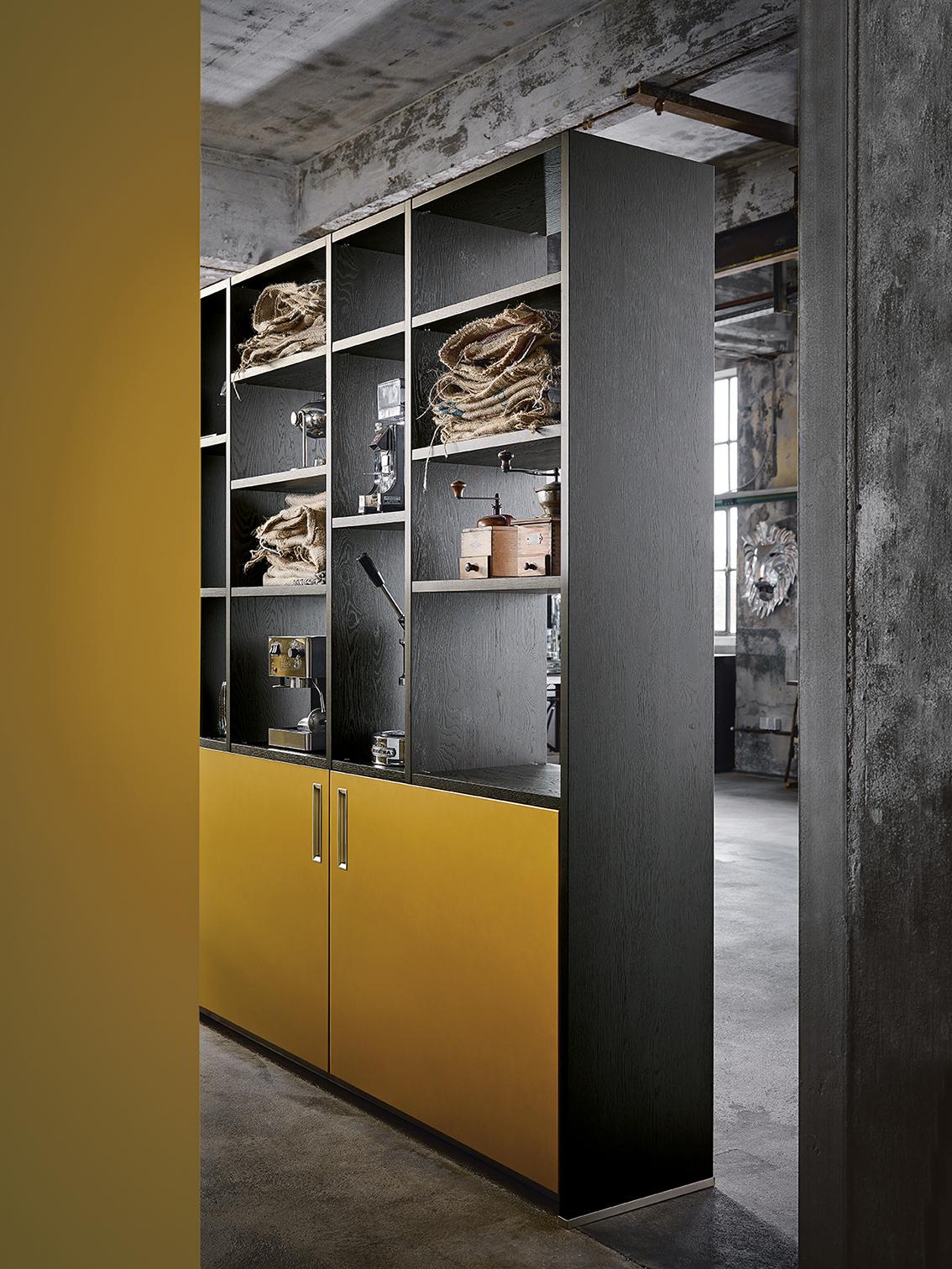 Cuisine de marque Next 125 noire et safrane design industriel soigné