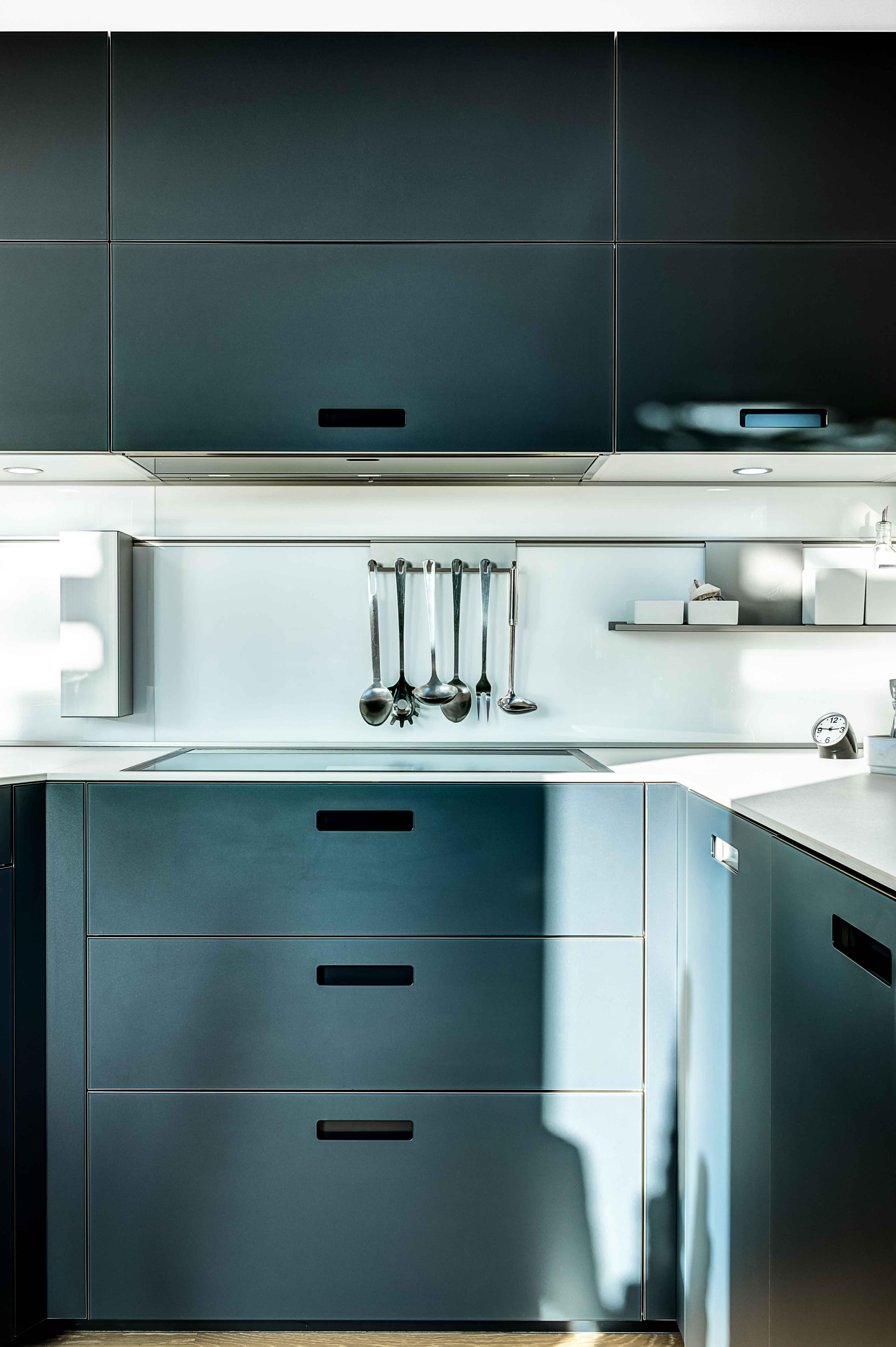 cuisine équipée aménagée design contemporain et moderne