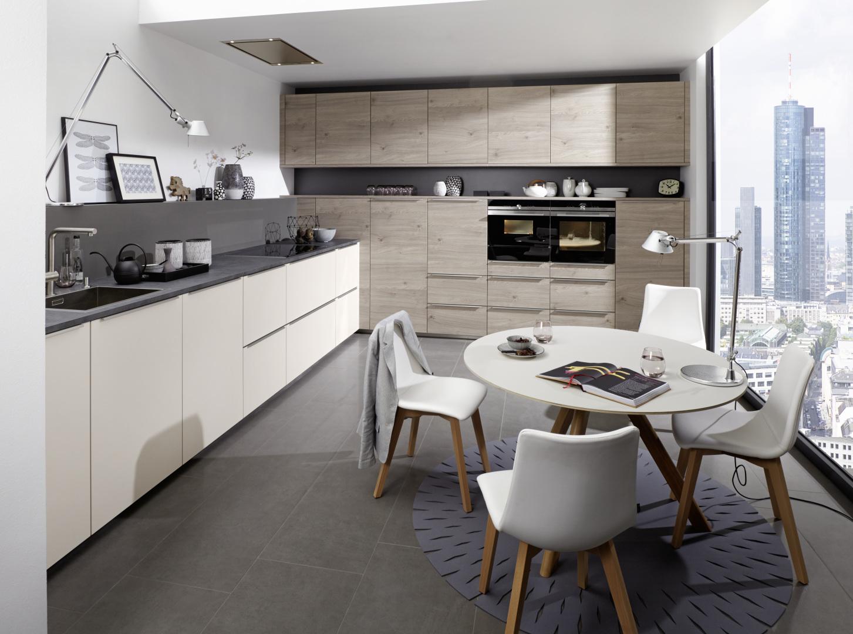 grande cuisine en angle avec ouverture sur salon design contemporain