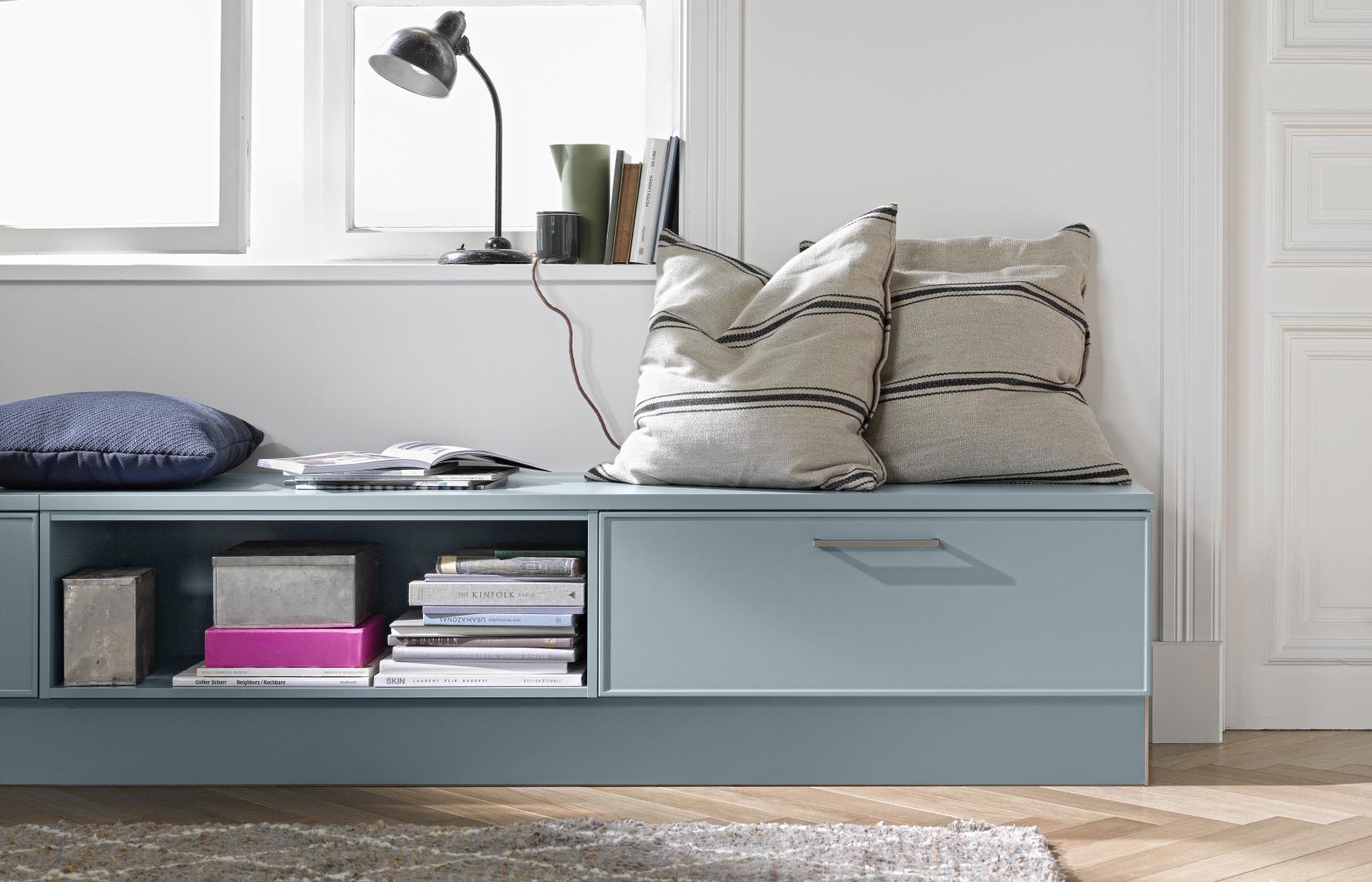meuble bas de rangement avec décoration