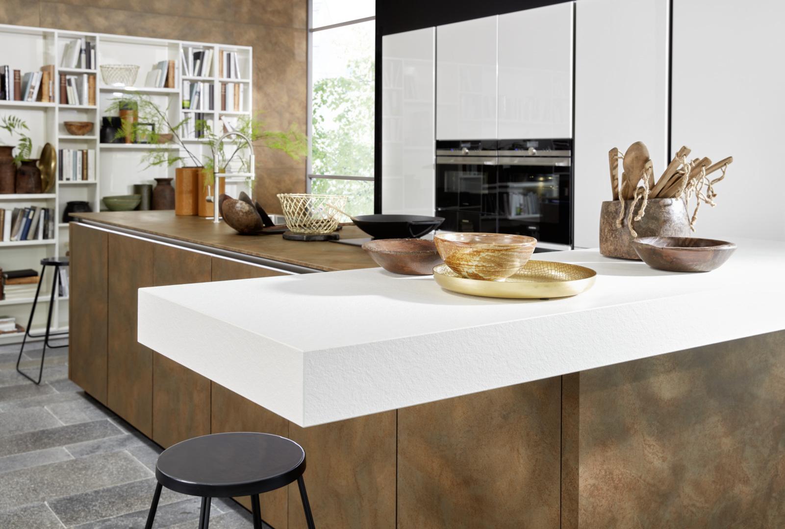 ameublement et intérieur moderne marron et blanc grand espace pour cuisiner