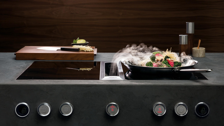 cuisine au wok avec système hotte aspirante cuisson annecy littoz