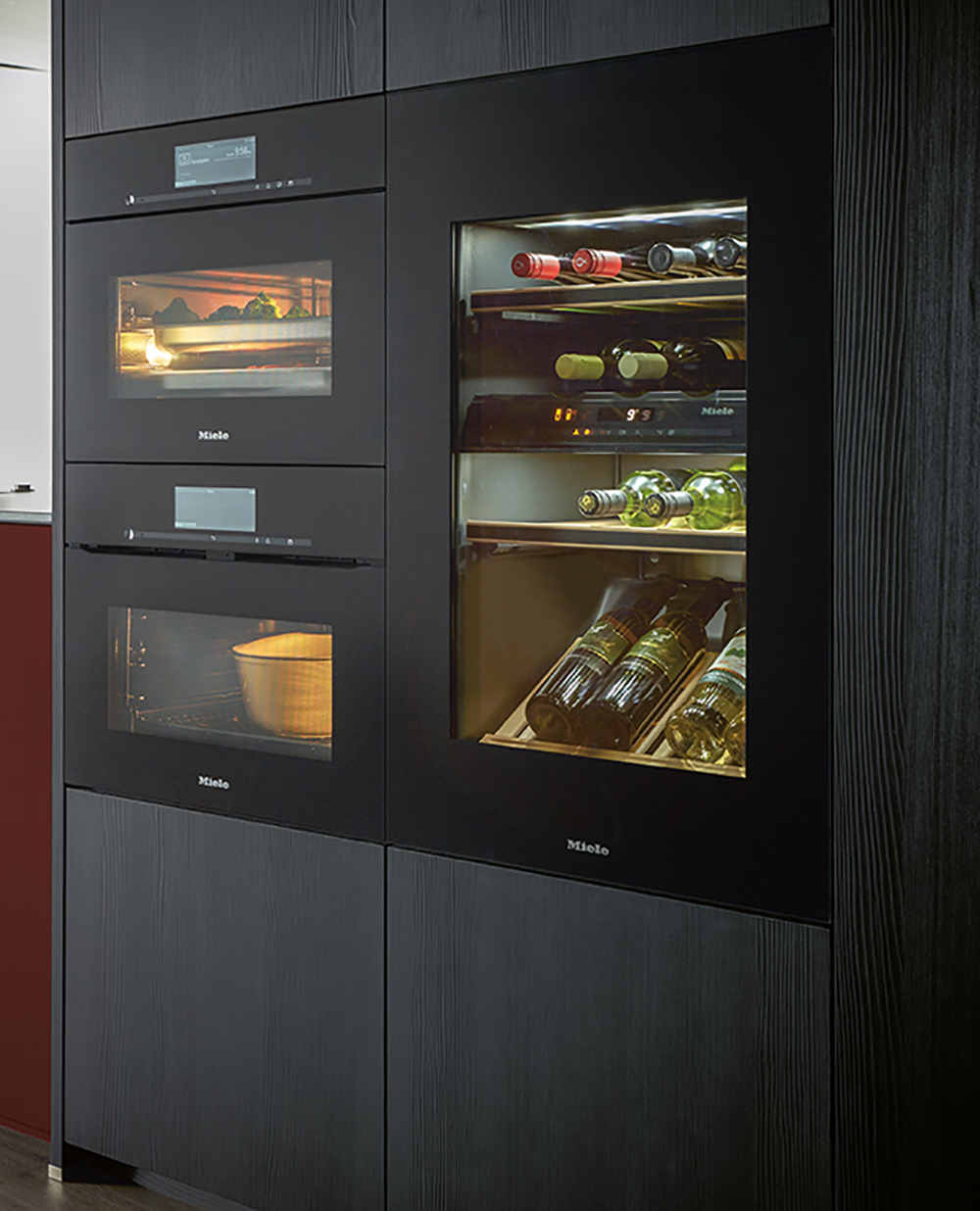 électroménager cave à vin four réfrigérateur intégré cuisine aménagée gris chic et moderne