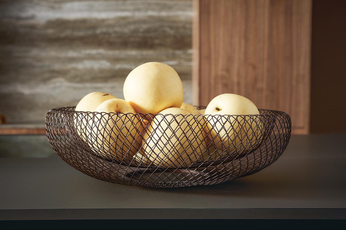 Décoration corbeille de fruits pour cuisine au design et courbes parfaites épurées