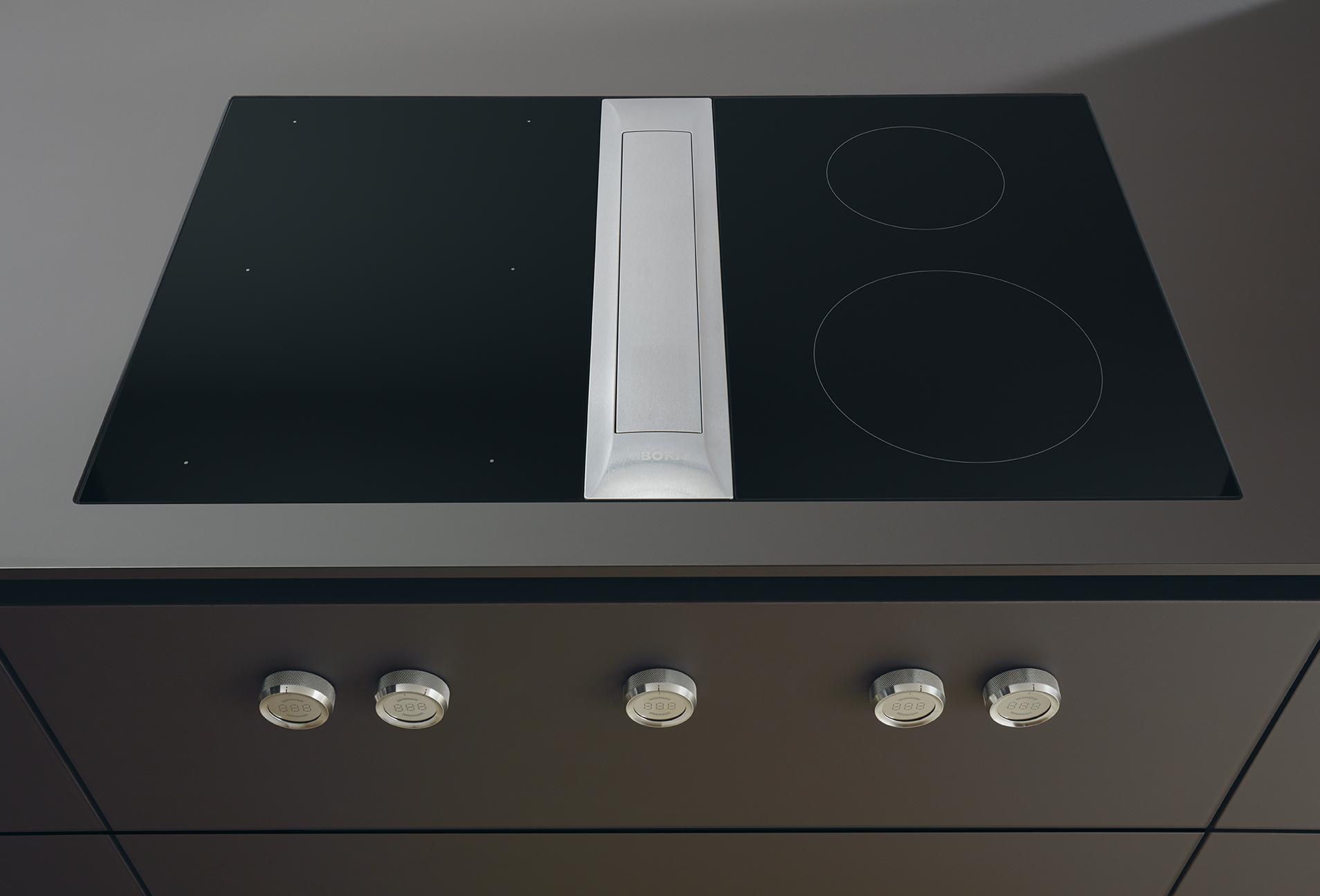 Table de cuisson vitrocéramique avec hotte aspirante intégrée design unique soigné haut de gamme