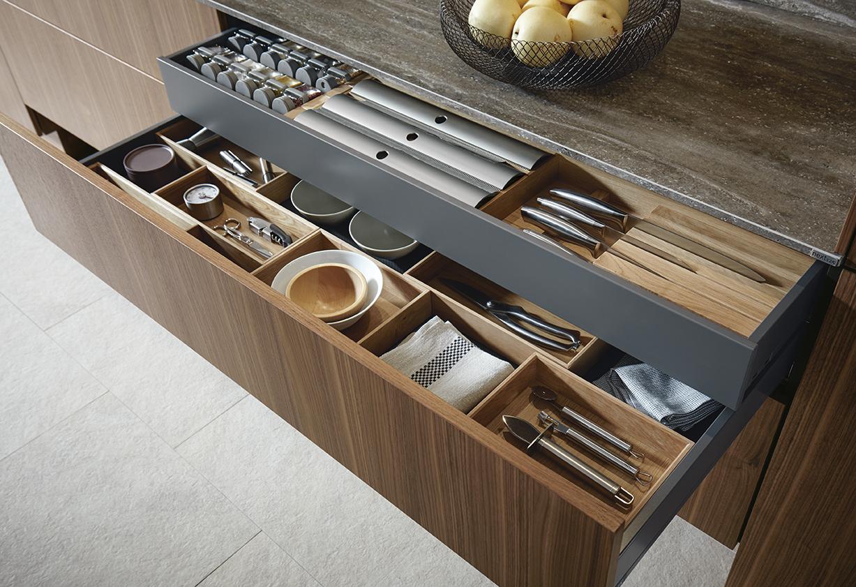 Tiroirs pour cuisine équipée matériaux en bois pour aménagement ustensiles de cuisine