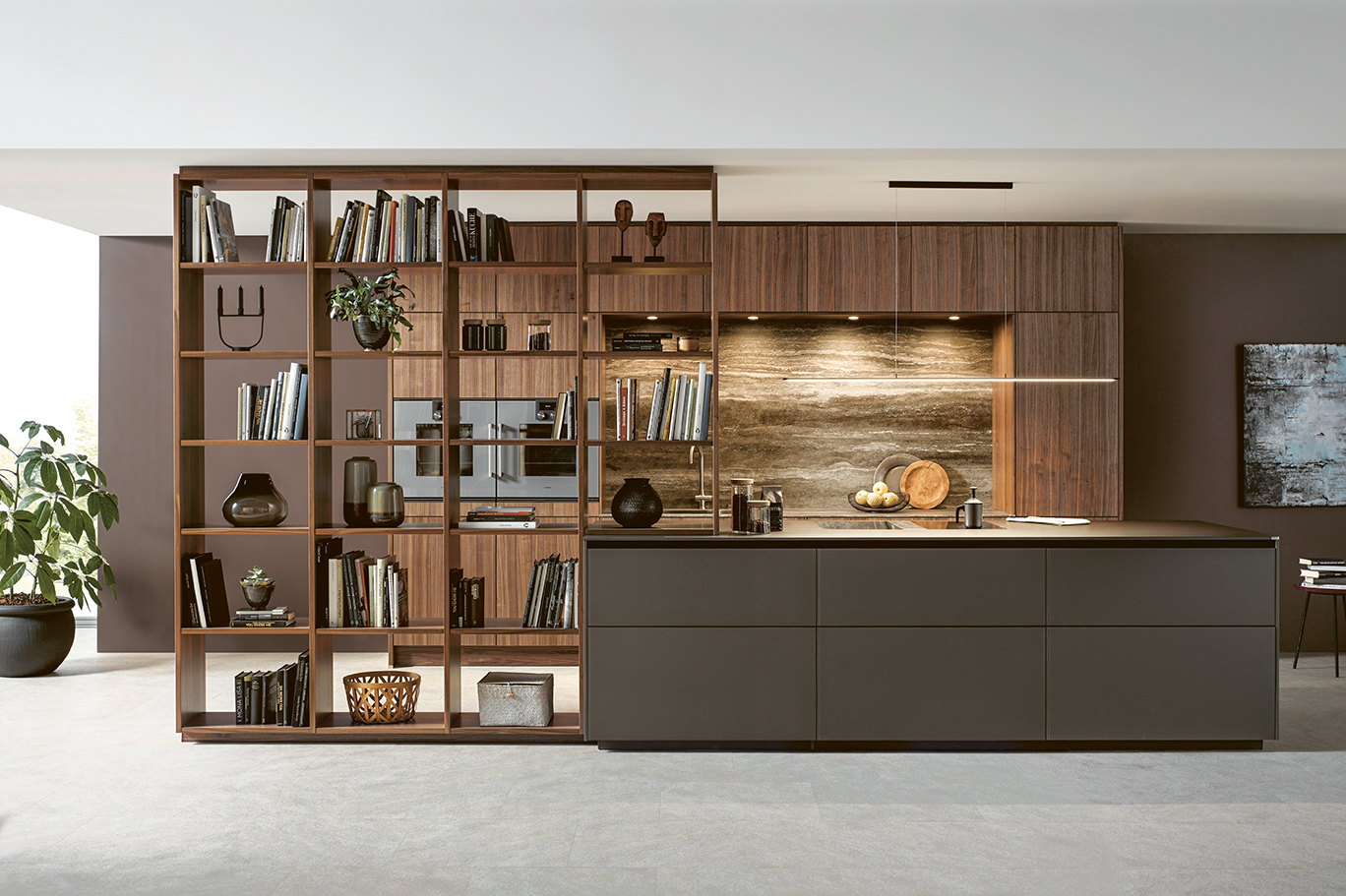Salon cuisine équipée avec bibliothèque en bois moderne