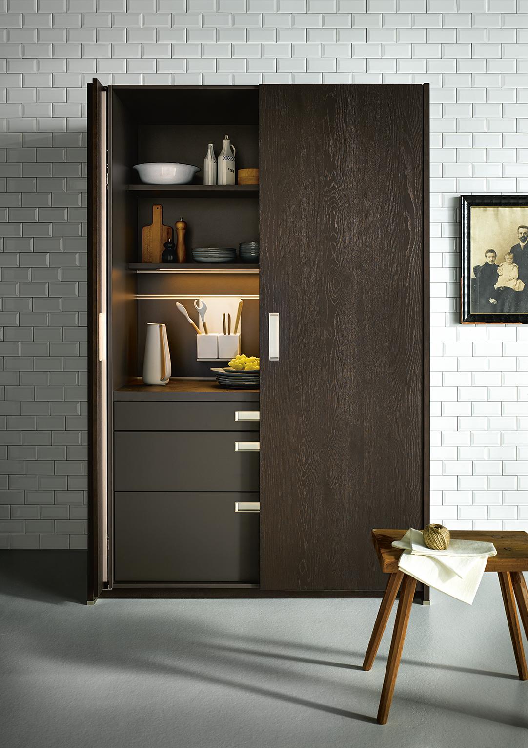 armoire de rangement pour cuisine marque next125 design simple et épuré