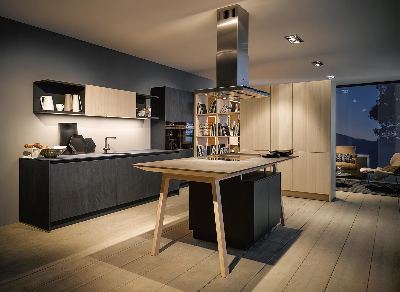 Cuisine intégrée équipée haut de gamme mariage bois et marbre pour maison luxueuse chic