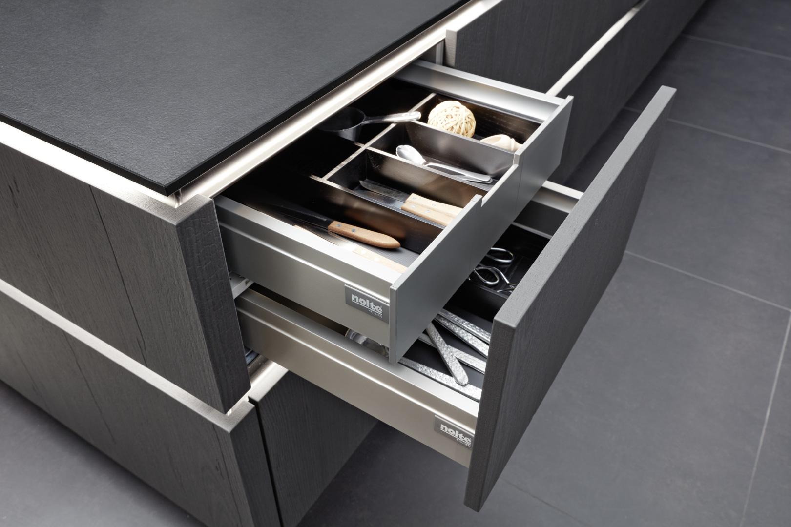tiroirs ergonomiques intégrés pour cuisine moderne