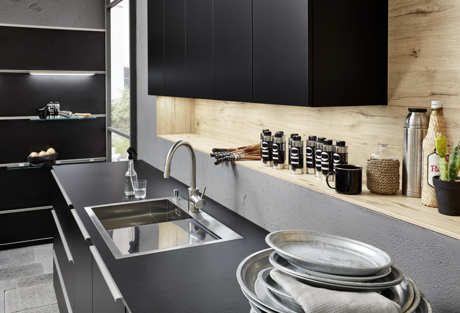 Espace cuisine influence contemporaine haut de gamme Schwarz installée par Intérieur Littoz Annecy