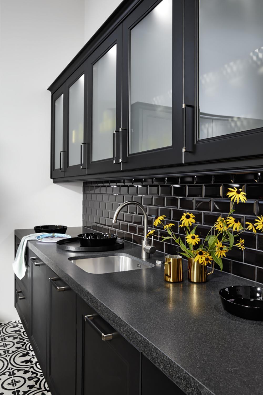 cuisine-unique-annecy-marbre-bois-équipée-aménagée