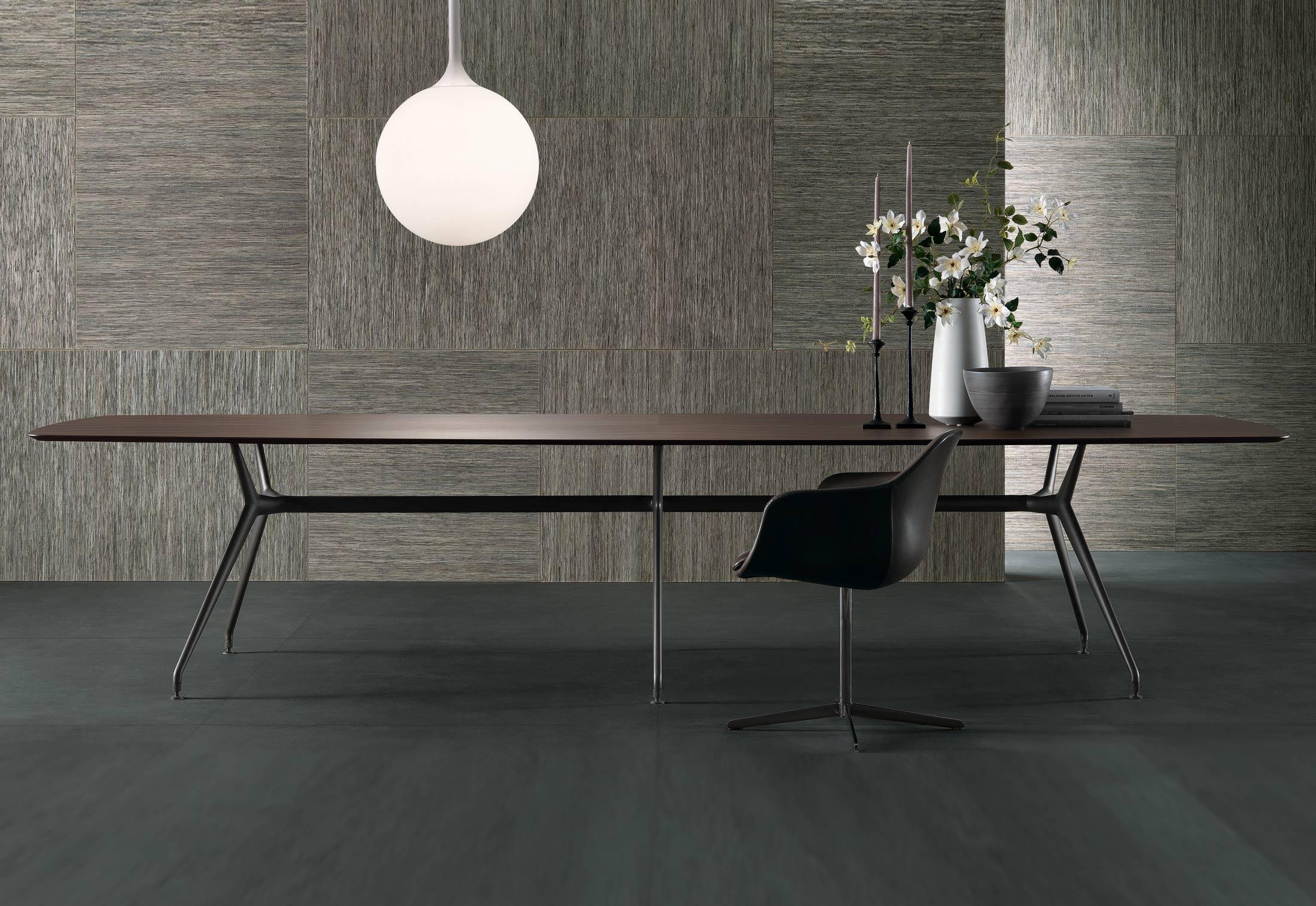 table style contemporain par Intérieur Littoz sur annecy