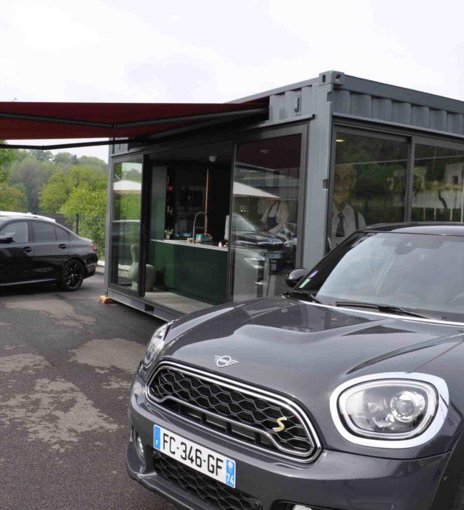 extérieur aménagement du container showroom du cuisiniste architecte intérieur Littoz argonay