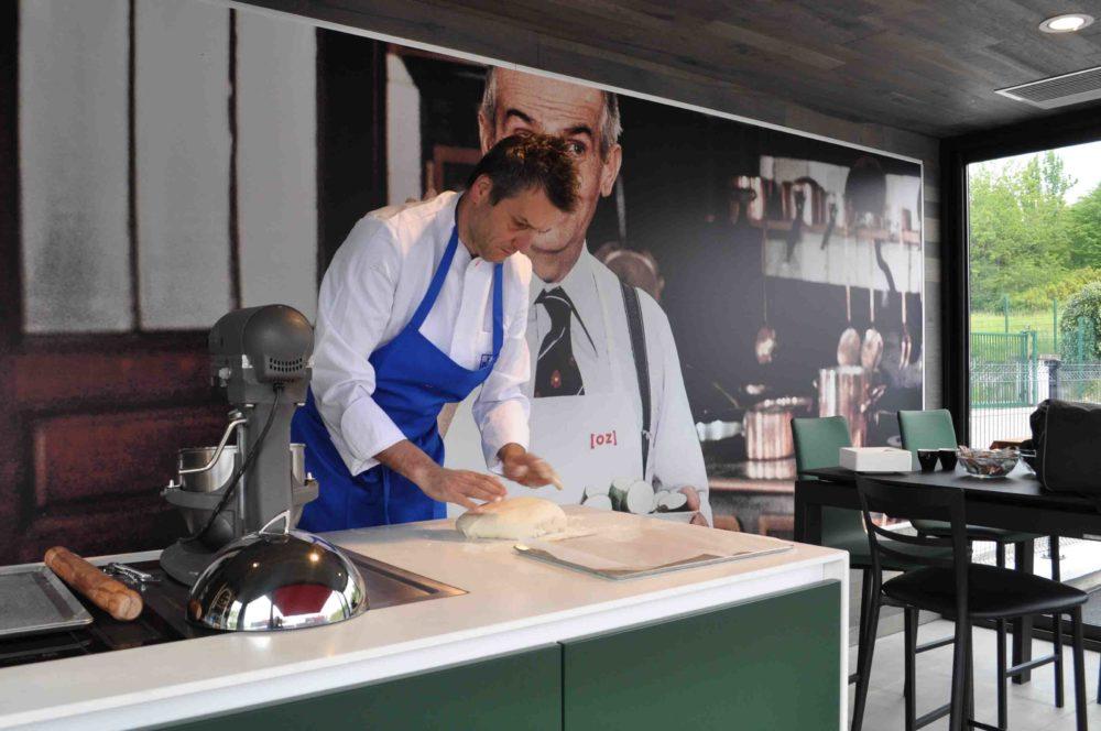 Intérieur du container Showroom du cuisiniste et architecte d'intérieur Littoz Argonay